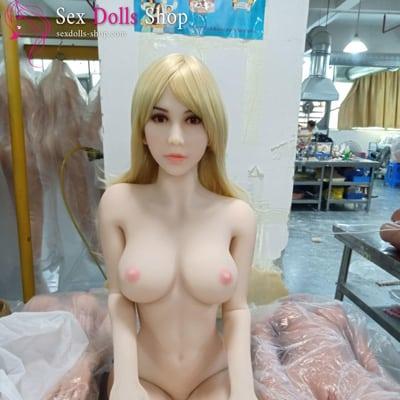 wm 166cm C cup fair skin pink nipples head 56