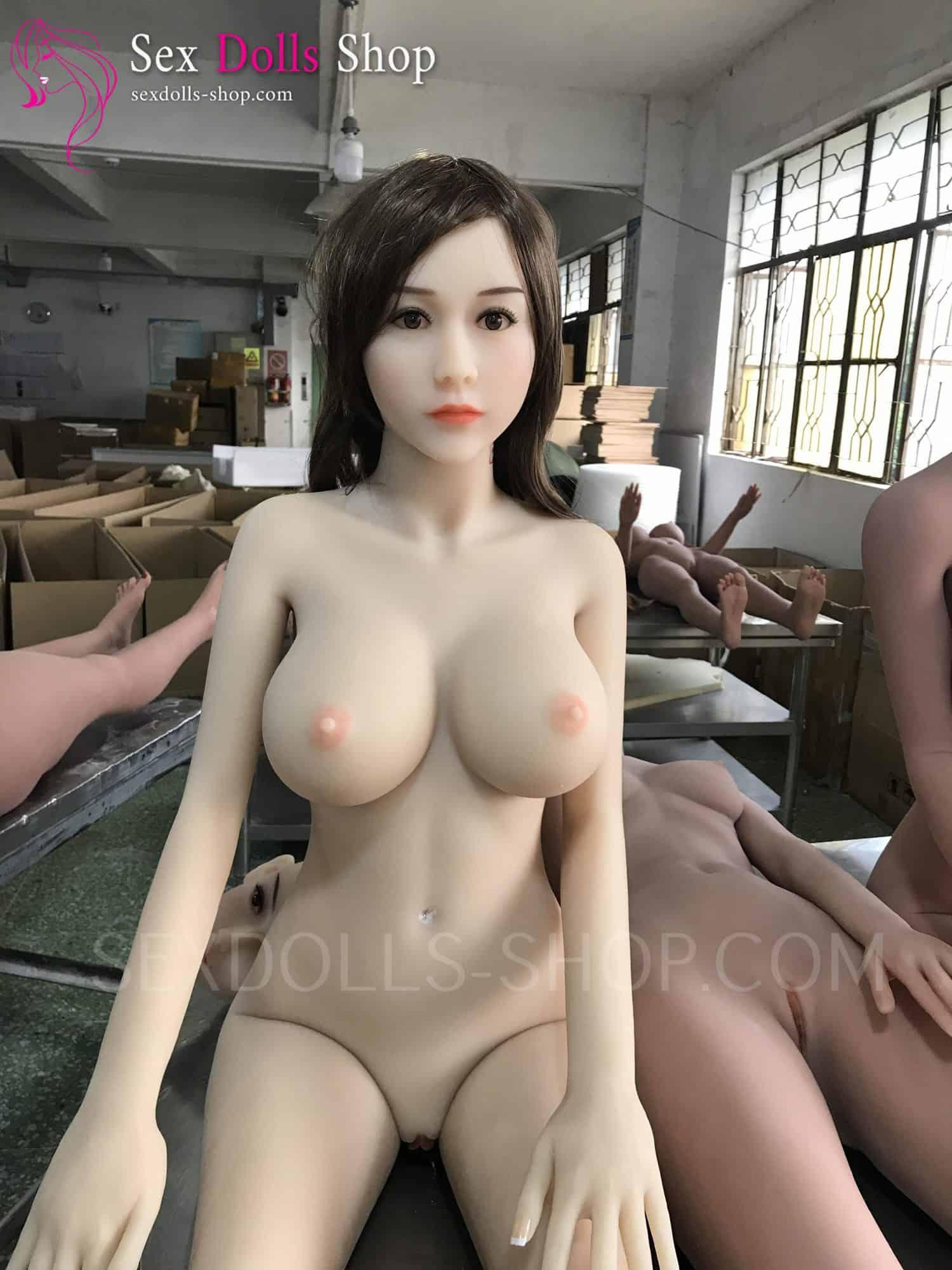 wm 165cm D cup fair skin pink nipples head 85